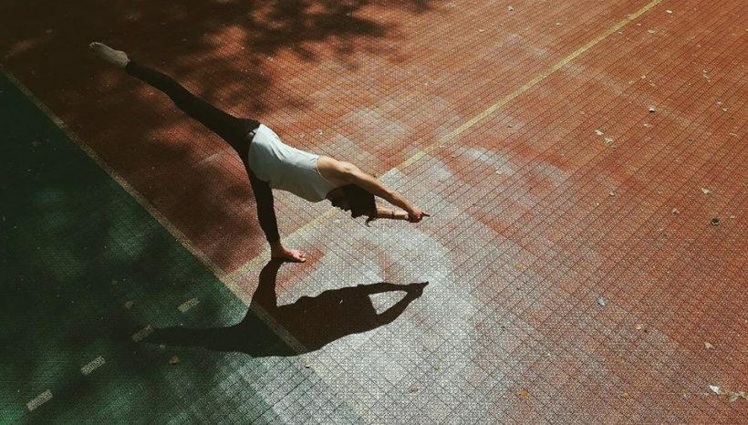 Йога для начинающих с Виктором Омельчуком