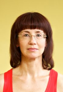 Люда Волошина - преподаватель Йоги 50+