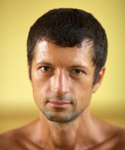 Олег Дяченко-преподаватель хатха-йоги