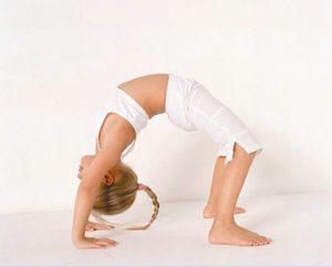 йога для детей на левом берегу